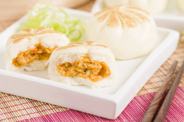 Salapao - Thai steamed buns filled with chicken.