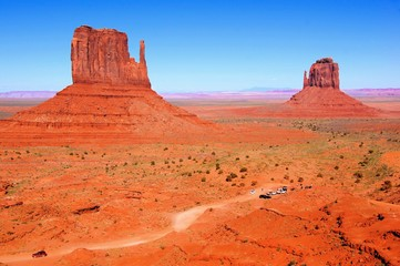 Wall Mural - Famous Wild West view over Monument Valley, Arizona, USA