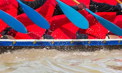 Fototapete - rowing team race