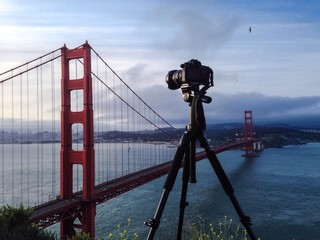 photographing famous landmark
