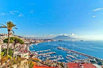 Photo sur Plexiglas Naples view of Naples from Posillipo hill