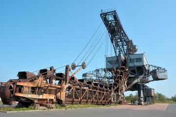 Bagger im stillgelegten Tagebau Ferropolis