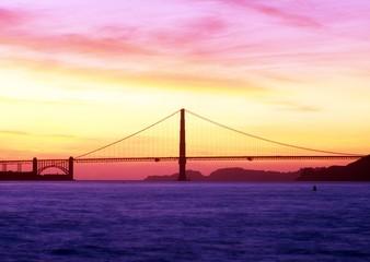 Golden Gate Bridge, San Francisco, USA © Arena Photo UK