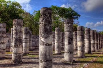 Chichén Itzá - Pillars