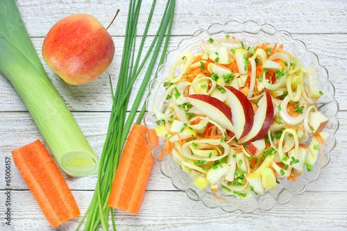 Салат постный с морковкой