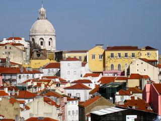 Largo das portas do sol - Lisbonne - Portugal