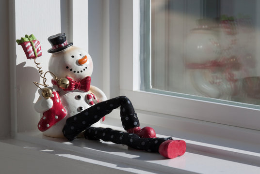Reclining Snowman