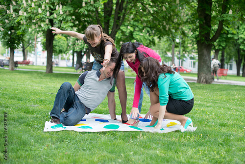 Лучшие дворовые игры  Активные игры для детей