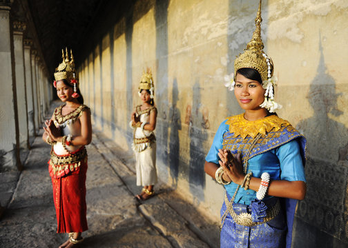 Cambodian Greeting Style
