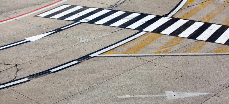 road symbol on runway airport