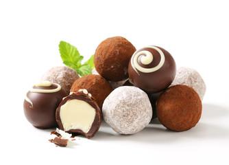 Fototapeta Chocolate truffles and pralines obraz