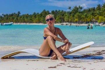 blonde at Saona 5