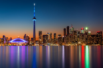 Printed roller blinds Toronto Toronto skyline at dusk