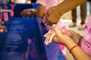 Handwashing, Teachers that schools are teaching children to wash