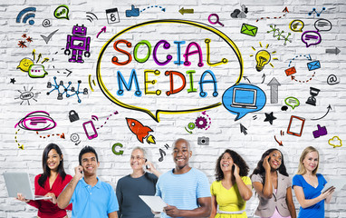 People with Social Media Communication