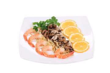 Shrimp salad with mushrooms.