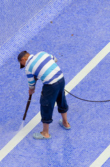 Pool ground cleaning