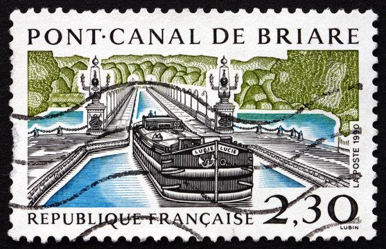 Postage stamp France 1990 Briare Aqueduct