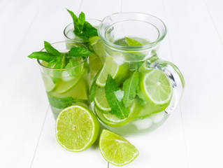 Fototapete - Fresh with lime and mint