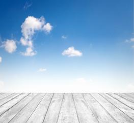 Fototapete - Himmel mit Holzboden