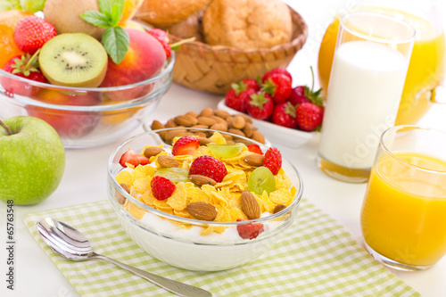 хлопья завтрак виноград flakes Breakfast grapes скачать