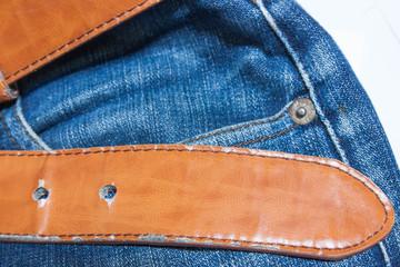 Jeans, brown belt