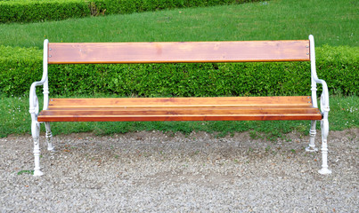 free wooden benches