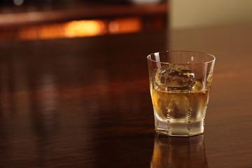 ウイスキー、ロック