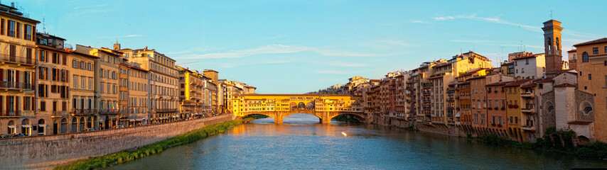 Aluminium Prints Florence View of Gold (Ponte Vecchio) Bridge in Florence, panorama