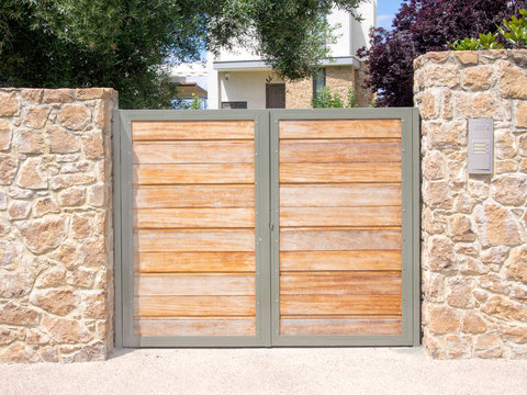 Wooden security gate
