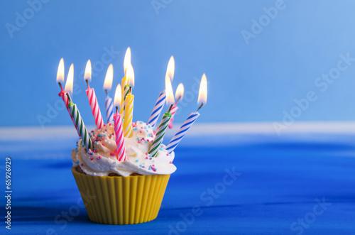 Cupcake Geburtstag Muffin Stockfotos Und Lizenzfreie Bilder Auf