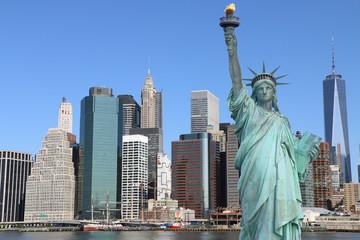 Poster Lieux connus d Amérique Manhattan and The Statue of Liberty, New York City
