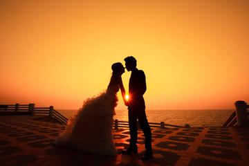 Couple Shoots seaside