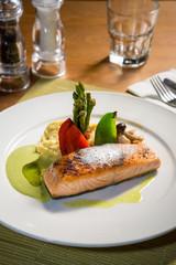 salmon steak restaurant dish set