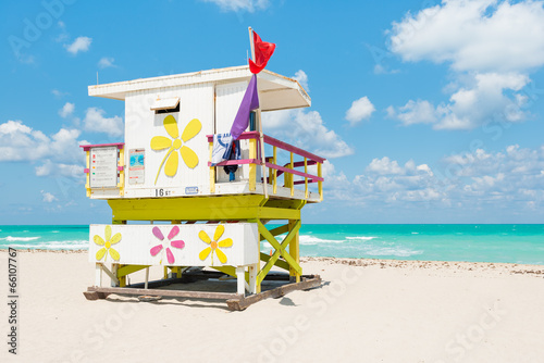 Wall mural Lifeguard tower in South Beach, Miami