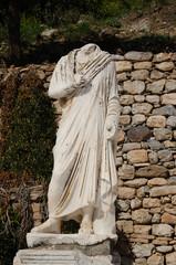 エフェソス遺跡の銅像