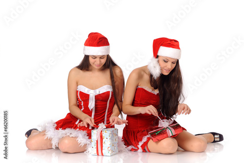 single lesbian women in christmas To lesbian singles of washington dc and surrounding areas, professionals in the city invites you to our lesbian dating washington dc event single, professional lesbian women, we welcome you to our mini dating venue.