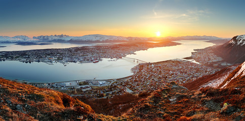 Wall Mural - Norway city panorama - Tromso at sunset