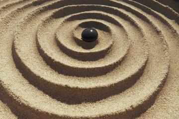Zen Spirale mit Kieselstein