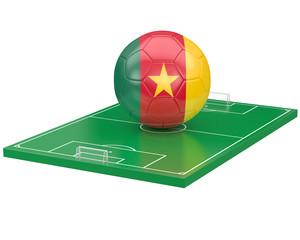 Ballon Cameroun sur terrain de football