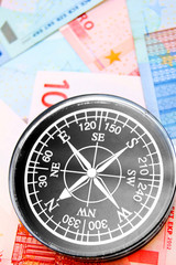 Compass for euro banknotes.