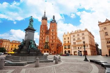 Poster Cracovie Saint Mary's Basilica and Rynek Glowny