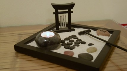 Cerca immagini giardino zen - Fontana zen da tavolo ...