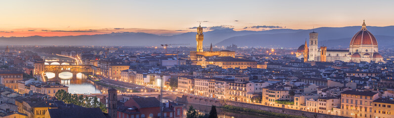 Foto op Canvas Florence Arno River and Ponte Vecchio at sunset, Florence
