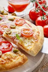 Italian cuisine: pizza
