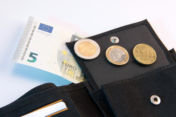 Mindestlohn und Schwarzarbeit
