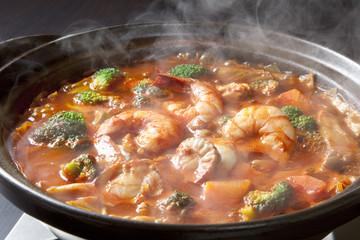 魚貝トマト鍋