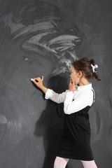 Uczennica przy tablicy