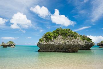 沖縄の海・浜比嘉島