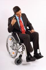 Mann im Rollstuhl begeht Selbstmord